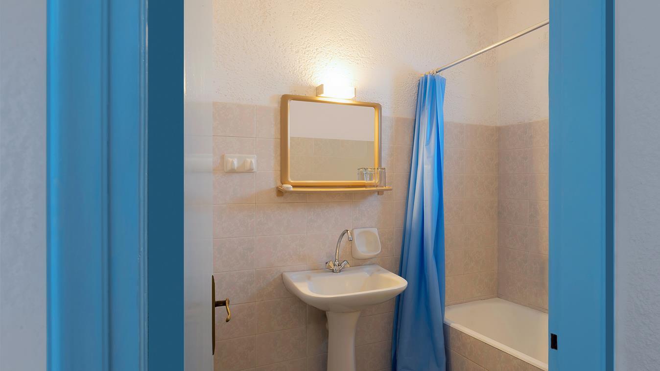 neon_hotel_stalis_rooms_photos_4